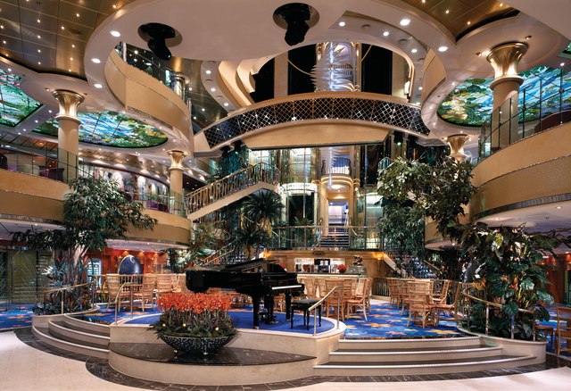 Norwegian Dawn Onboard Credit