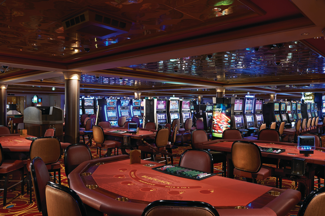 Get Lucky at the Pearl Club Casino